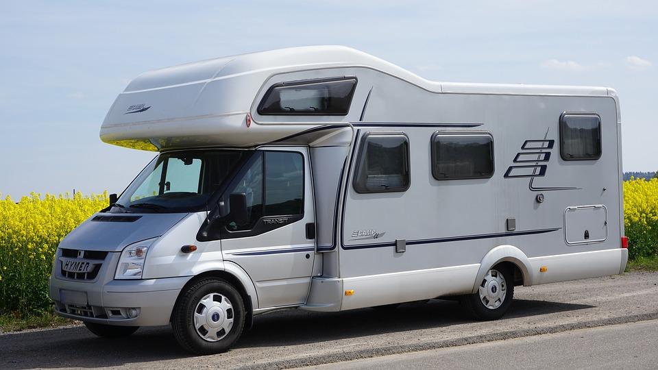 Comment profiter de son camping-car cet été en France